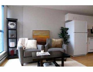 """Photo 3: 2107 1238 SEYMOUR Street in Vancouver: Downtown VW Condo for sale in """"THE SPACE"""" (Vancouver West)  : MLS®# V636575"""