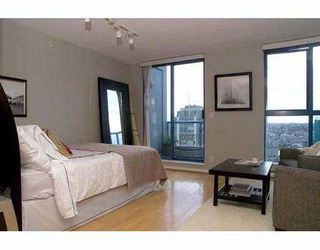 """Photo 4: 2107 1238 SEYMOUR Street in Vancouver: Downtown VW Condo for sale in """"THE SPACE"""" (Vancouver West)  : MLS®# V636575"""