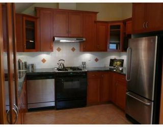 Photo 4: 2357 VINE ST in Vancouver: Kitsilano Condo for sale (Vancouver West)  : MLS®# V751516