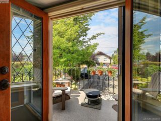 Photo 12: 3073 Earl Grey St in VICTORIA: SW Gorge Single Family Detached for sale (Saanich West)  : MLS®# 822403