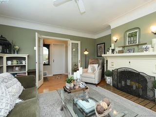 Photo 3: 3073 Earl Grey Street in VICTORIA: SW Gorge Single Family Detached for sale (Saanich West)  : MLS®# 414618