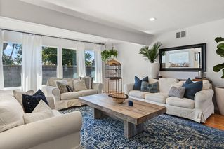 Photo 4: EL CAJON House for sale : 3 bedrooms : 2129 Willis Rd