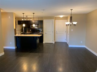 """Photo 9: 111 2038 SANDALWOOD Crescent in Abbotsford: Central Abbotsford Condo for sale in """"THE ELEMENT"""" : MLS®# R2443524"""