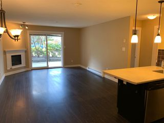 """Photo 12: 111 2038 SANDALWOOD Crescent in Abbotsford: Central Abbotsford Condo for sale in """"THE ELEMENT"""" : MLS®# R2443524"""