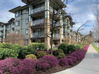 """Photo 1: 111 2038 SANDALWOOD Crescent in Abbotsford: Central Abbotsford Condo for sale in """"THE ELEMENT"""" : MLS®# R2443524"""