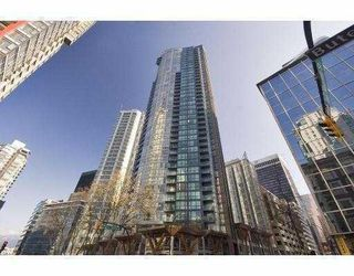 Photo 1: # 3002 1189 MELVILLE ST in Vancouver: Condo for sale : MLS®# V780336