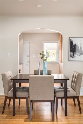 "Photo 4: 3205 W 11TH Avenue in Vancouver: Kitsilano House for sale in ""KITSILANO"" (Vancouver West)  : MLS®# R2472198"