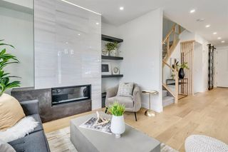 Photo 3: 3252 18 Street SW in Calgary: South Calgary Row/Townhouse for sale : MLS®# A1011437