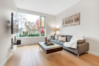 Photo 3: 7278 ADERA Street in Vancouver: South Granville Townhouse for sale (Vancouver West)  : MLS®# R2477067