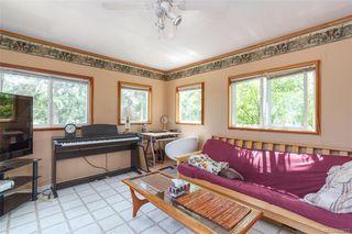 Photo 8: 3143 Irma St in Victoria: Vi Burnside House for sale : MLS®# 844271