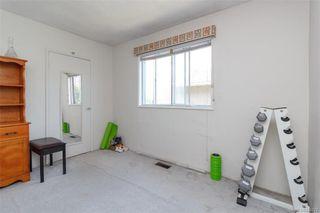 Photo 10: 3143 Irma St in Victoria: Vi Burnside House for sale : MLS®# 844271