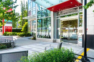 """Photo 35: 1901 4688 KINGSWAY in Burnaby: Metrotown Condo for sale in """"STATION SQUARE"""" (Burnaby South)  : MLS®# R2485015"""