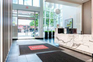 """Photo 34: 1901 4688 KINGSWAY in Burnaby: Metrotown Condo for sale in """"STATION SQUARE"""" (Burnaby South)  : MLS®# R2485015"""