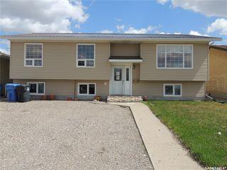 Photo 1: 485 Petterson Drive in Estevan: Residential for sale : MLS®# SK821691