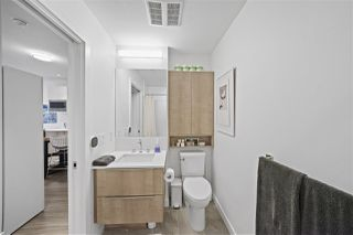 "Photo 5: 403 379 E BROADWAY in Vancouver: Mount Pleasant VE Condo for sale in ""SYNCHRO"" (Vancouver East)  : MLS®# R2508501"