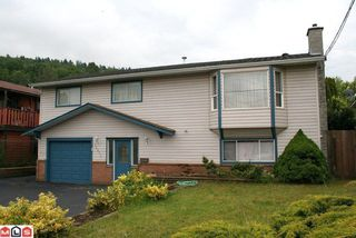 Photo 1: 35070 CASSIAR AV in Abbotsford: House for sale : MLS®# F1020076