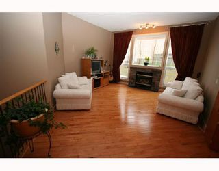 Photo 4:  in CALGARY: Valley Ridge Residential Detached Single Family for sale (Calgary)  : MLS®# C3278876