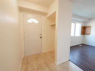 Photo 4: 6606 178 Street in Edmonton: Zone 20 Townhouse for sale : MLS®# E4169994