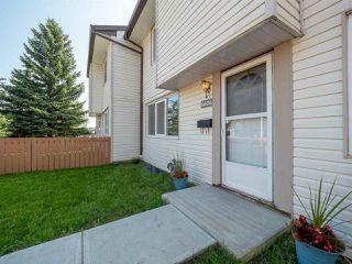 Photo 3: 6606 178 Street in Edmonton: Zone 20 Townhouse for sale : MLS®# E4169994
