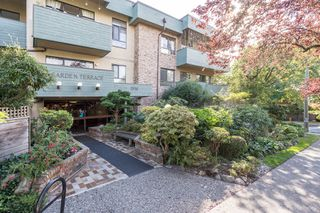 "Photo 23: 207 1516 CHARLES Street in Vancouver: Grandview Woodland Condo for sale in ""Garden Terrace"" (Vancouver East)  : MLS®# R2398125"