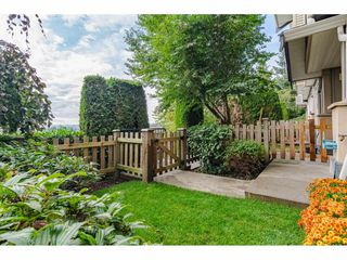 "Photo 2: 7 5839 PANORAMA Drive in Surrey: Sullivan Station Townhouse for sale in ""FOREST GATE"" : MLS®# R2403338"