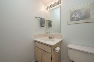 "Photo 16: 516 LEHMAN Place in Port Moody: North Shore Pt Moody Townhouse for sale in ""Eagle Point"" : MLS®# R2424791"
