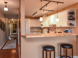 Photo 3: 13 1876 Comox Ave in COMOX: CV Comox (Town of) Condo for sale (Comox Valley)  : MLS®# 831259