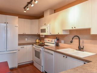 Photo 26: 13 1876 Comox Ave in COMOX: CV Comox (Town of) Condo for sale (Comox Valley)  : MLS®# 831259