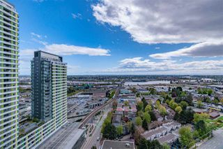 """Photo 9: 2309 8189 CAMBIE Street in Vancouver: Marpole Condo for sale in """"NORTHWEST"""" (Vancouver West)  : MLS®# R2451917"""