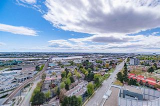"""Photo 10: 2309 8189 CAMBIE Street in Vancouver: Marpole Condo for sale in """"NORTHWEST"""" (Vancouver West)  : MLS®# R2451917"""