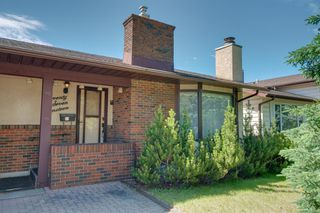 Photo 4: 7719 67 Avenue NW in Calgary: Silver Springs Detached for sale : MLS®# A1013847