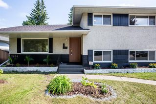 Photo 3: 2604 CHEROKEE Drive NW in Calgary: Charleswood Detached for sale : MLS®# A1019102