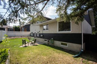 Photo 39: 2604 CHEROKEE Drive NW in Calgary: Charleswood Detached for sale : MLS®# A1019102