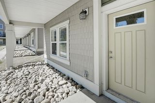 Photo 3: 332 SOUTH POINT Square SW: Airdrie Row/Townhouse for sale : MLS®# A1026186