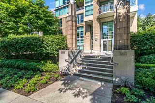 Photo 9: 1001 1005 BEACH Avenue in Vancouver: West End VW Condo for sale (Vancouver West)  : MLS®# R2517178