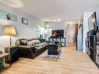 Photo 3: 3108 80 Glamis Drive SW in Calgary: Glamorgan Apartment for sale : MLS®# A1057086