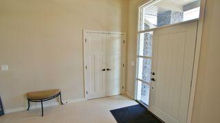 Photo 2: 77 Maple Creek Ddrive in Winnipeg: Residential for sale (South Winnipeg)  : MLS®# 1208663
