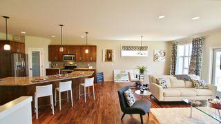 Photo 7: 77 Maple Creek Ddrive in Winnipeg: Residential for sale (South Winnipeg)  : MLS®# 1208663