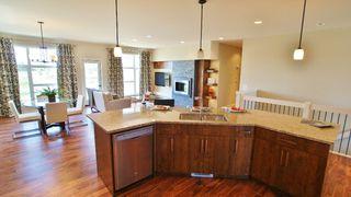 Photo 8: 77 Maple Creek Ddrive in Winnipeg: Residential for sale (South Winnipeg)  : MLS®# 1208663