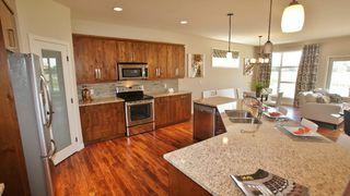 Photo 6: 77 Maple Creek Ddrive in Winnipeg: Residential for sale (South Winnipeg)  : MLS®# 1208663