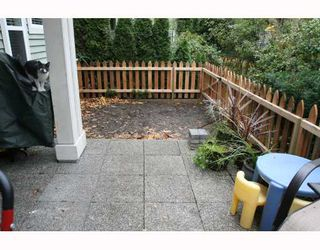 "Photo 9: 107 1702 56TH Street in Tsawwassen: Beach Grove Townhouse for sale in ""THE PILLARS"" : MLS®# V677886"