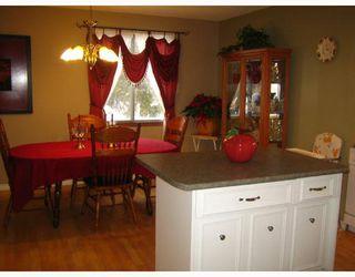 Photo 4: 456 SMITHFIELD Avenue in WINNIPEG: West Kildonan / Garden City Residential for sale (North West Winnipeg)  : MLS®# 2800171