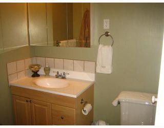 Photo 9: 456 SMITHFIELD Avenue in WINNIPEG: West Kildonan / Garden City Residential for sale (North West Winnipeg)  : MLS®# 2800171