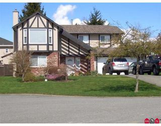 Photo 1: 15363 85A Avenue in Surrey: Fleetwood Tynehead House for sale : MLS®# F2809089