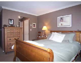 """Photo 6: 101 6 RENAISSANCE Square in New_Westminster: Quay Condo for sale in """"THE RIALTO"""" (New Westminster)  : MLS®# V709742"""