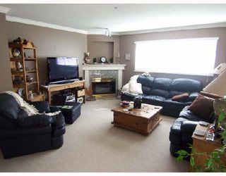 """Photo 2: 101 6 RENAISSANCE Square in New_Westminster: Quay Condo for sale in """"THE RIALTO"""" (New Westminster)  : MLS®# V709742"""