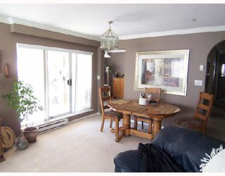 """Photo 3: 101 6 RENAISSANCE Square in New_Westminster: Quay Condo for sale in """"THE RIALTO"""" (New Westminster)  : MLS®# V709742"""