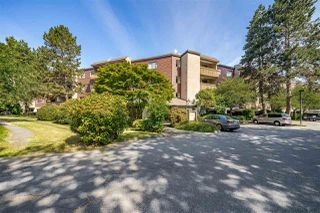 "Main Photo: 318 8900 CITATION Drive in Richmond: Brighouse Condo for sale in ""CHANCELLOR GATE"" : MLS®# R2406818"