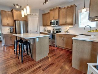Photo 3: 48 Hewitt Circle: Spruce Grove House for sale : MLS®# E4179363