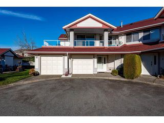 "Photo 1: 6 31406 UPPER MACLURE Road in Abbotsford: Abbotsford West Townhouse for sale in ""Ellwood Estates"" : MLS®# R2421542"
